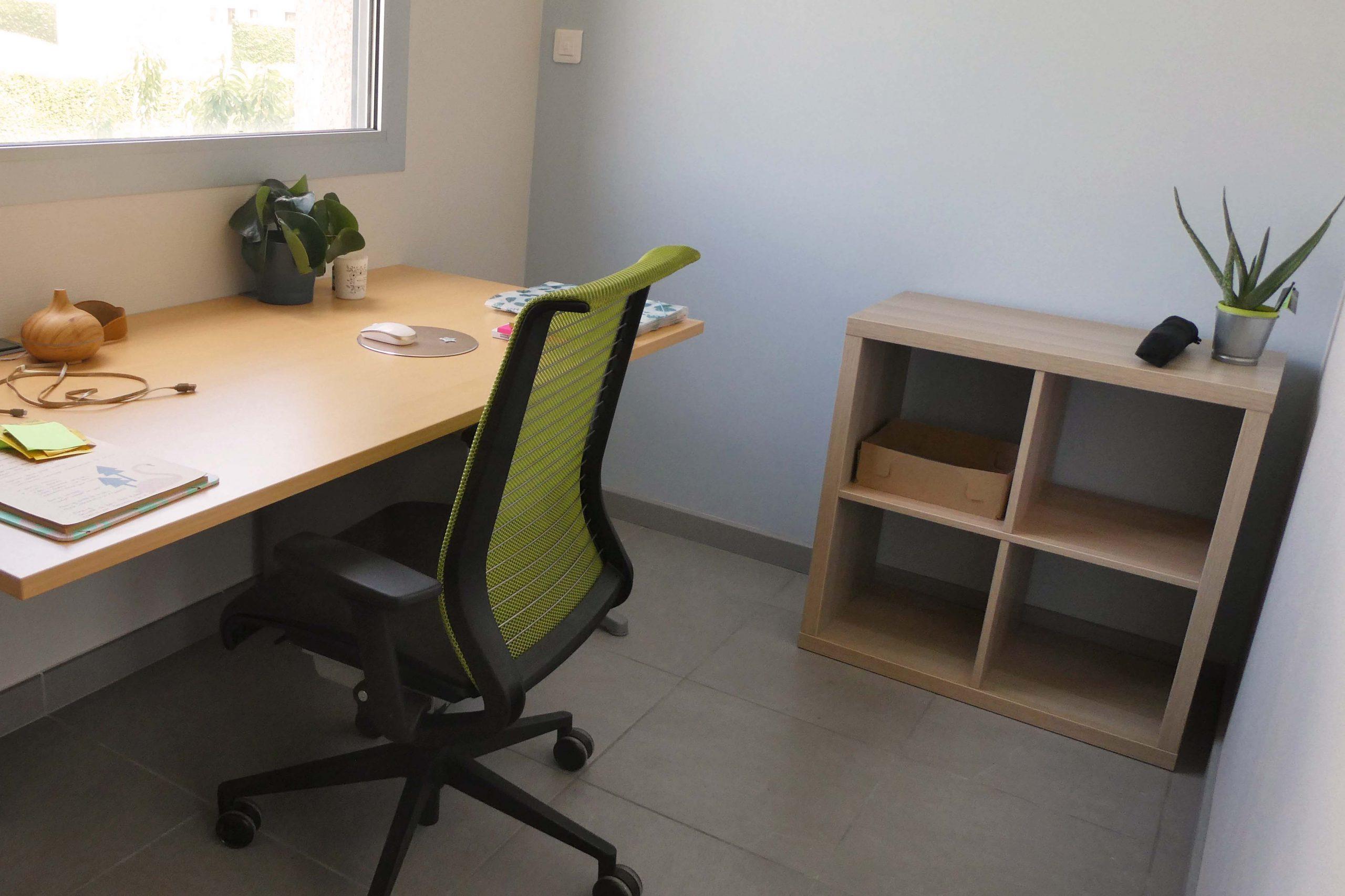 bureau individuel à Brindas